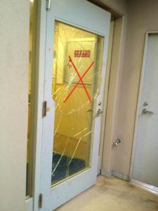0108施工前,ガラス修理,大阪市鶴見区
