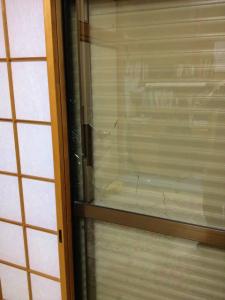 0128施工前,ガラス交換,修理,八尾市