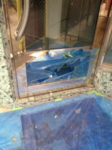 0203施工前,ガラス修理,大阪市東淀川区
