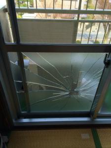 0304施工前,ガラス修理,交野市