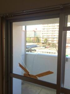 0224施工前,ガラス修理,大阪市城東区1
