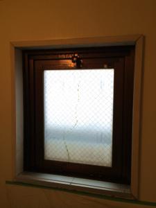 0221施工前A,ガラス修理,松原市