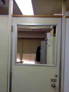 0221施工前,ガラス修理,大阪市中央区