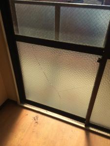 0224施工前,ガラス修理,大阪市西区
